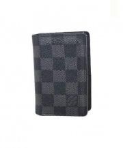 LOUIS VUITTON(ルイ・ヴィトン)の古着「カードケース・グラフィット」|ブラック