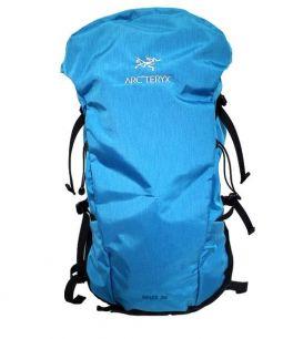 ARCTERYX(アークテリクス)の古着「Brize 32」 ブルー×ブラック