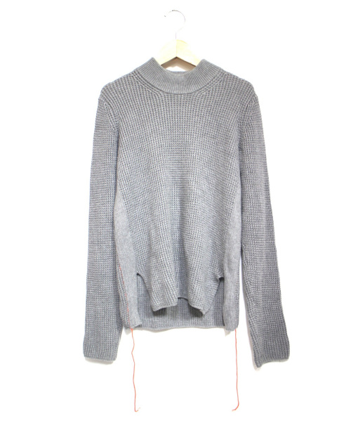 CINOH(チノ)CINOH (チノ) ステッチデザインハイネックニット グレー サイズ:Fの古着・服飾アイテム