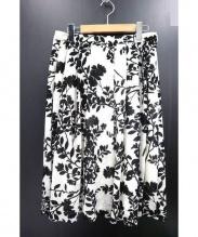 MACKINTOSH(マッキントッシュ)の古着「ウォッシャブルリーフプリントスカート」|ホワイト×ブラック
