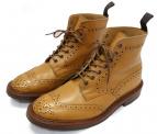 Trickers(トリッカーズ)の古着「ウィングチップブーツ」|ベージュ