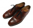 ALDEN × Brooks Brothers(オールデン × ブルックスブラザーズ)の古着「キャップトゥ オックスフォードシューズ」|ブラウン