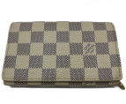 LOUIS VUITTON(ルイヴィトン)の古着「ダミエ アズール ポルトフォイユ トレゾール 財布」|ホワイト