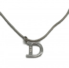 Christian Dior(クリスチャン ディオール)の古着「DIOR Dロゴネックレス」 シルバー