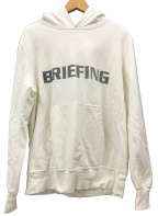 BRIEFING×REMI RELIEF(ブリーフィング×レミレリーフ)の古着「GRAPHIC PARKER BRIEFINGロゴパーカー」 アイボリー