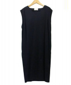 UNITED ARROWS(ユナイテッドアローズ)の古着「バックスリット・Vネックワンピース」|ブラック