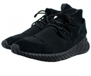 adidas(アディダス)の古着「TUBULAR DOOM CORE BLACK」