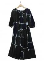 mina perhonen(ミナペルホネン)の古着「ブラウスワンピース」|ブラック×ネイビー×グリーン