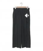 ETHOSENS(エトセンス)の古着「PIN TUCK PANTS」|ブラック
