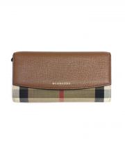 BURBERRY(バーバリー)の古着「長財布」|ベージュ