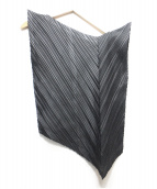ISSEY MIYAKE(イッセイミヤケ)の古着「プリーツ変形ブラウス」|ブラック