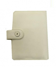 CHANEL(シャネル)の古着「ココマークボタン手帳カバー」|ホワイト