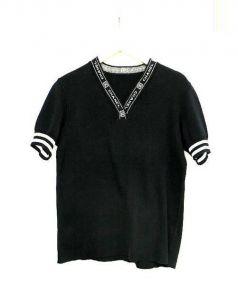 CHANEL(シャネル)の古着「ロゴVネック半袖ニット」|ブラック×ホワイト