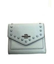 COACH(コーチ)の古着「2つ折り財布」|スカイブルー