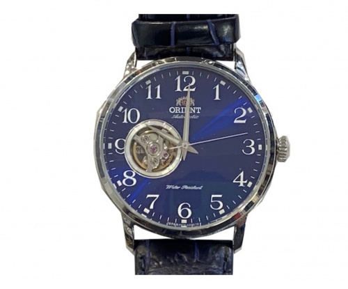 ORIENT(オリエント)ORIENT (オリエント) スケルトン腕時計 ブルー F6T2-UAB0 自動巻き 動作確認済みの古着・服飾アイテム