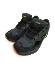 adidas × RAF SIMONS(アディダス)の古着「スニーカー」|ブラック