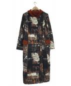 EIKO KONDO(エイココンドウ)の古着「総柄ロングコート」 ホワイト×ブラック