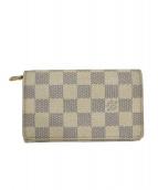 LOUIS VUITTON(ルイヴィトン)の古着「2つ折り財布」|ホワイト