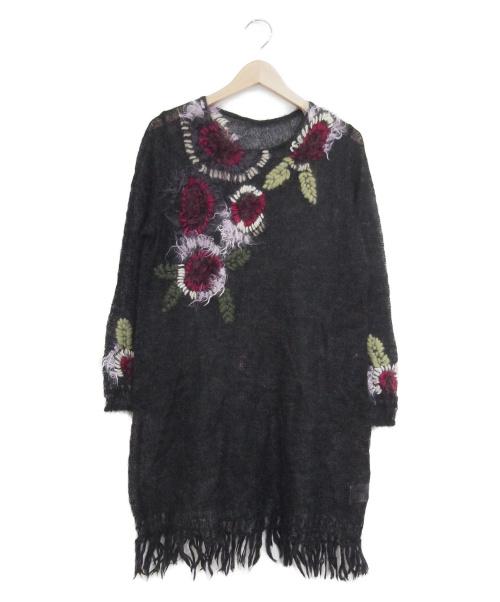 TOKUKO1erVOL(トクコプルミエヴォル)TOKUKO1erVOL (トクコプルミエヴォル) 刺繍ニットワンピース ブラック サイズ:9の古着・服飾アイテム