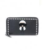 FENDI(フェンディ)の古着「スタッズ付ラウンドファスナー財布」|ブラック