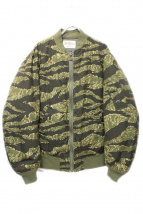 TENDERLOIN(テンダーロイン)の古着「ミリタリージャケット」|カーキ