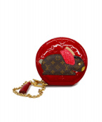 LOUIS VUITTON(ルイヴィトン)の古着「ラビットポーチ」|レッド