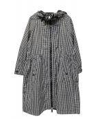 MONCLER(モンクレール)の古着「フーデッドコート」|ブラック×ホワイト