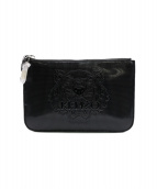 KENZO(ケンゾー)の古着「Embossed Tiger A5 Pouch」|ブラック