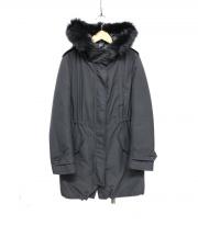 iCB(アイシービー)の古着「ブルーフォックスファー付ダウンコート」|ブラック