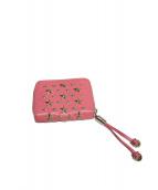 JIMMY CHOO(ジミーチュウ)の古着「スタースタッズ2つ折財布」|ピンク