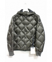MONCLER(モンクレール)の古着「JACOUBET DOWN JACKET ダウンジャケット」|カーキ