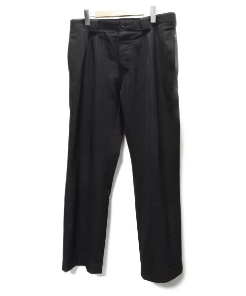 MARGARET HOWELL(マーガレットハウエル)MARGARET HOWELL (マーガレットハウエル) ストライプパンツ ブラック サイズ:SIZE L DRY FINISH PINSTRIPE WOOLの古着・服飾アイテム