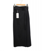TOMORROW LAND(トゥモローランド)の古着「サップルツイル ベルテッドロングスカート」|ブラック