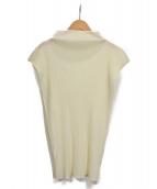 PLEATS PLEASE(プリーツプリーズ)の古着「ノースリーブプリーツカットソー」 ホワイト