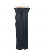 MACPHEE(マカフィー)の古着「スラブサテンワンタックカーゴパンツ」|ブラック