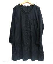 ISSEY MIYAKE HaaT(イッセイミヤケハート)の古着「ノーカラー刺繍シャツワンピース」