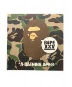 A BATHING APE(アベイシングエイプ)の古着「アートパネル」|グリーン
