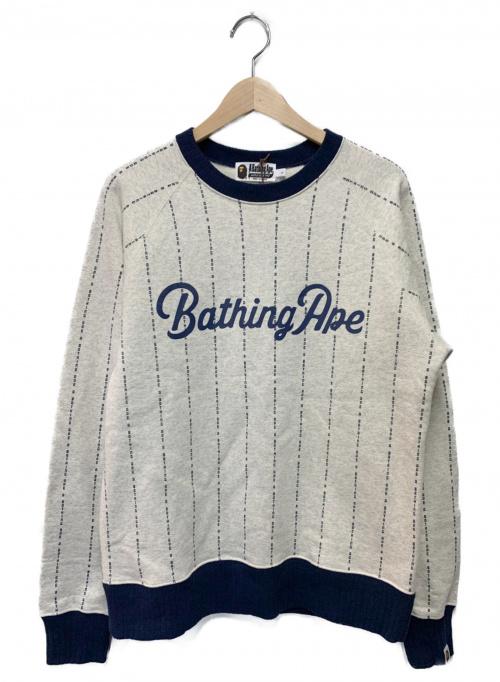A BATHING APE(エイプ)A BATHING APE (アベイシングエイプ) マルチロゴプリントクルーネック グレー サイズ:Lの古着・服飾アイテム