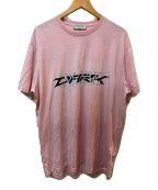 GIVENCHY(ジバンシィ)の古着「カリグラフィックTシャツ」|ピンク
