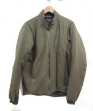 ARCTERYX(アークテリクス)の古着「中綿ジャケット」|ベージュ
