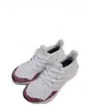 adidas(アディダス)の古着「ULTRA BOOST」|ホワイト