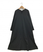 PLST(プラステ)の古着「ポンチフレアスリーブワンピース」|ブラック