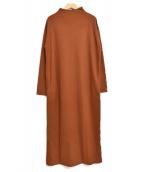 SACRA(サクラ)の古着「バックリボンモックネックマキシ丈ワンピース」 ブラウン
