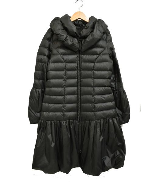 TO BE CHIC(トゥービーシック)TO BE CHIC (トゥービーシック) フレアダウンコート ブラック サイズ:40 ボリュームカラーの古着・服飾アイテム