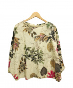BEARDSLEY(ビアズリー)の古着「花柄ドルマン長袖ワイドシャツブラウス」 ベージュ