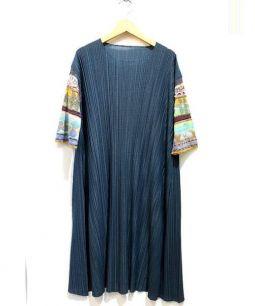 M.&KYOKO(エムアンドキョウコ)の古着「袖切替プリーツワンピース」|グリーン