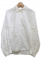 GRACE CONTINENTAL(グレースコンチネンタル)の古着「パール装飾ブラウス」
