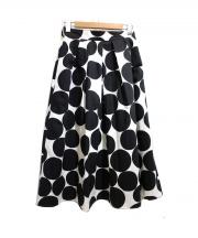 C+(シープラス)の古着「ビッグドットプリントフレアロングスカート」|ホワイト×ブラック