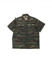WTAPS(ダブルタップス)の古着「テープロゴタイガーカモシャツ」|カーキ
