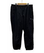 SUPREME(シュプリーム)の古着「ロゴ刺繍ビッグトラックパンツ」|ブラック×ホワイト